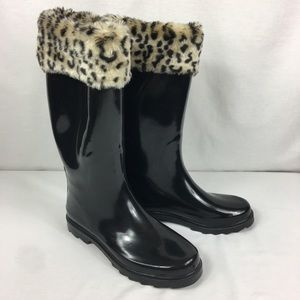 Capelli Rain boots with fuzzy leopard top